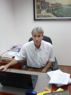 Доктор Александр Каневский - отдел медицинского туризма центра Ассута