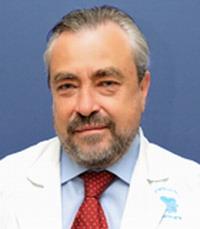 Профессор Дан Флис - заведующий отделением ЛОР-хирургии в Медицинском центре Сураски