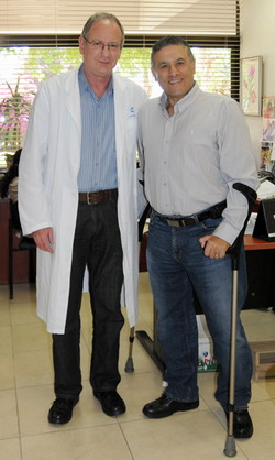Профессор А.Кац с пациентом